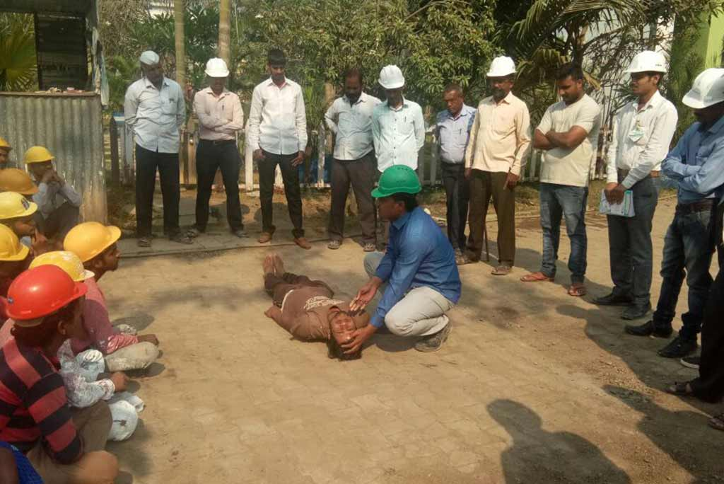First Aid Training under Labour Welfare